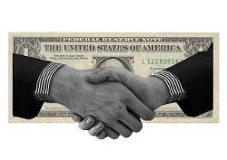 politici obbediscono al denaro
