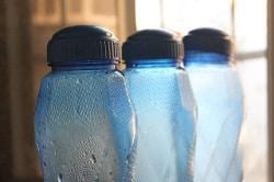 contenitori d'acqua