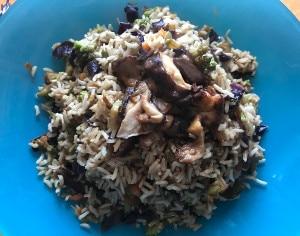 Riso all'orientale con funghi Shiitake, salsa Tamari e cavolo