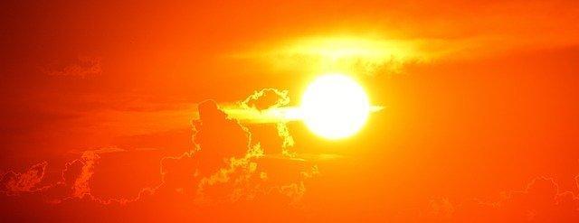 bagni di sole per prendere energia durante un digiuno